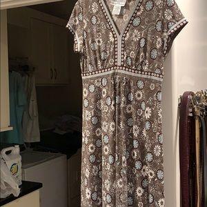 Short sleeved versatile, comfortable dress.